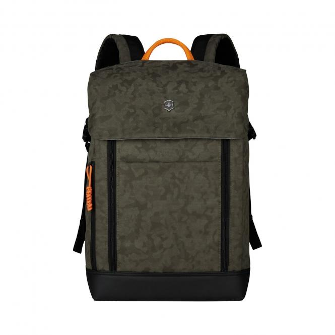 """Deluxe Flapover Laptop Backpack 15.4"""" Olive Camo"""